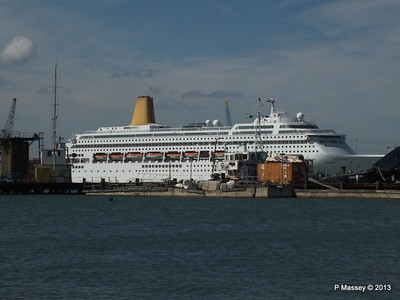 ORIANA over Husbands Jetty PDM 27-05-2013 16-16-26