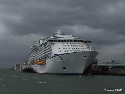 ADVENTURE OF THE SEAS Southampton PDM 24-05-2013 14-45-11