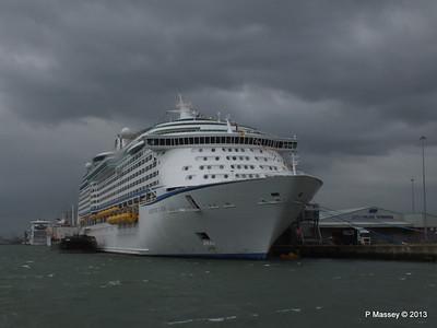 ADVENTURE OF THE SEAS Southampton PDM 24-05-2013 14-45-09