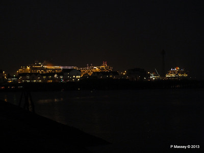 AZURA QM2 SAGA RUBY over Town Quay PDM 10-01-2013 17-59-58