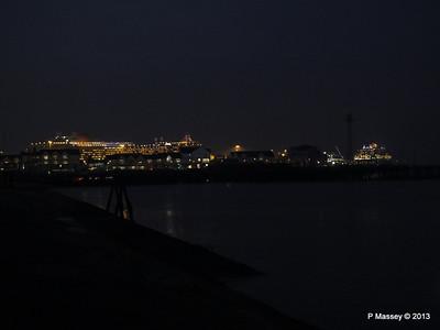 AZURA QM2 SAGA RUBY over Town Quay PDM 10-01-2013 17-54-55