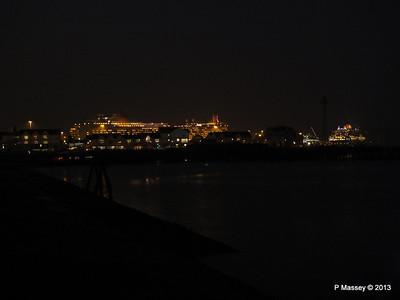 AZURA QM2 SAGA RUBY over Town Quay PDM 10-01-2013 17-59-36