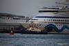 SVITZER ESTON AIDAaura Southampton PDM 05-05-2016 19-49-19