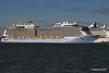 ANTHEM OF THE SEAS Maiden Voyage Passing EXPLORER OF THE SEAS Southampton PDM 22-04-2015 17-35-08