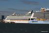 ANTHEM OF THE SEAS Maiden Voyage Passing EXPLORER OF THE SEAS Southampton PDM 22-04-2015 17-37-13