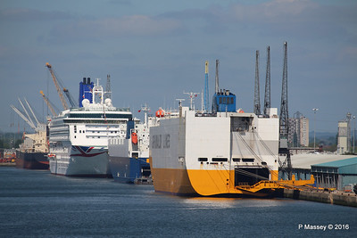 GRANDE EUROPA VIKING CONSTANZA AURORA SUMMERTIME DREAM Southampton PDM 16-05-2016 11-08-006