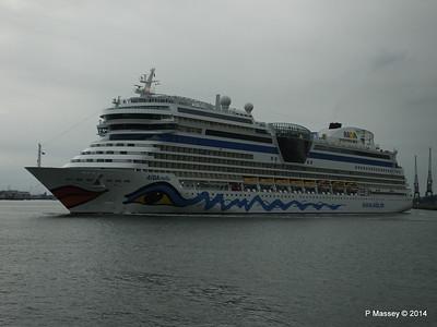 AIDAstella Departs Southampton PDM 26-06-2014 20-02-58