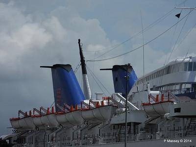 LOUIS AURA Portsmouth PDM 30-06-2014 12-26-35