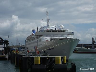 LOUIS AURA Portsmouth PDM 30-06-2014 12-26-06