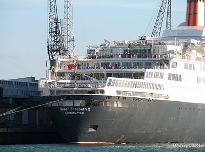 QE2 Southampton PDM 10-10-2008 15-39-29