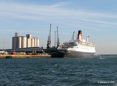 QE2 Southampton PDM 10-10-2008 15-39-46