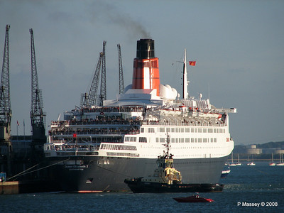 QE2 Departing Southampton PDM 10-10-2008 15-58-58