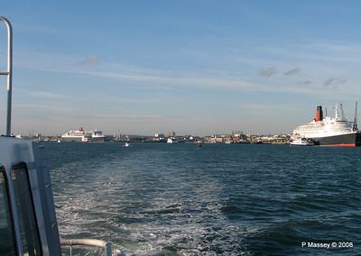 QE2 QM2 Southampton PDM 10-10-2008 15-26-10