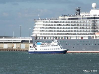 QUEEN ELIZABETH Departing Southampton OCEAN SCENE PDM 10-08-2013 17-51-57