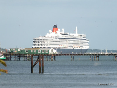 QUEEN ELIZABETH Departing Southampton PDM 10-08-2013 18-01-41