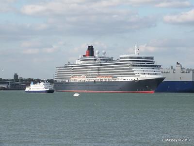 QUEEN ELIZABETH Departing Southampton OCEAN SCENE PDM 10-08-2013 17-48-50