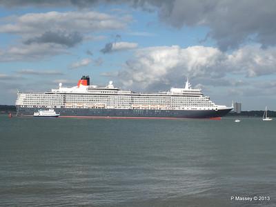 QUEEN ELIZABETH Departing Southampton OCEAN SCENE PDM 10-08-2013 17-53-22