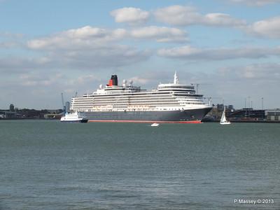 QUEEN ELIZABETH Departing Southampton OCEAN SCENE PDM 10-08-2013 17-49-19