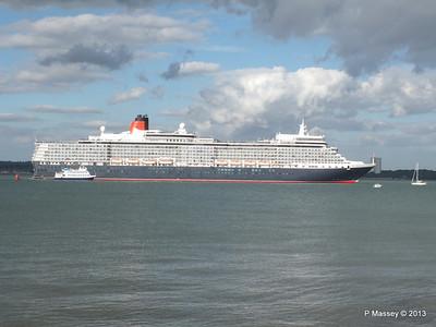 QUEEN ELIZABETH Departing Southampton OCEAN SCENE PDM 10-08-2013 17-53-25
