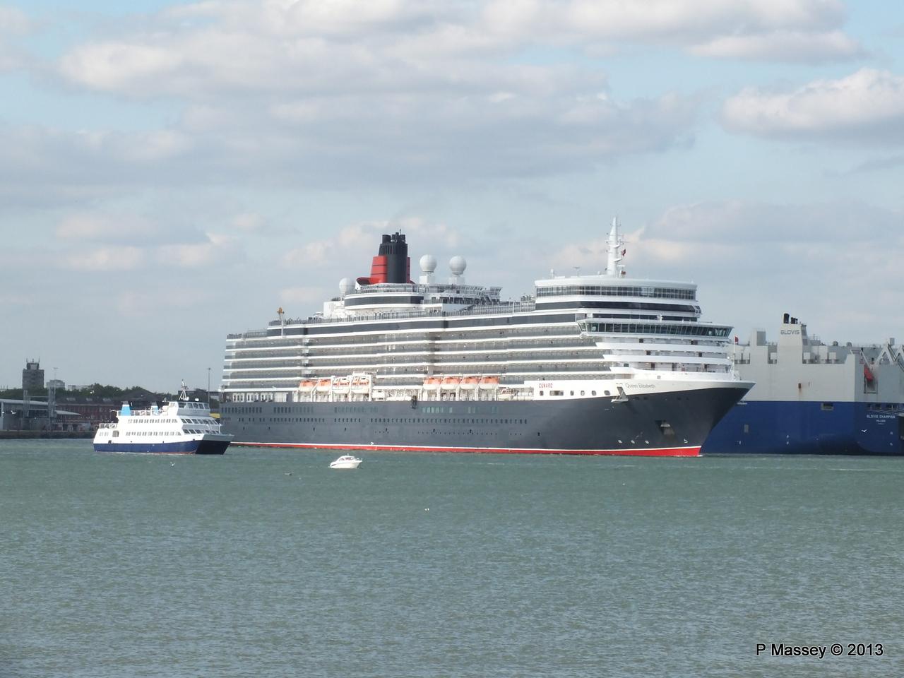 QUEEN ELIZABETH Departing Southampton OCEAN SCENE PDM 10-08-2013 17-48-52