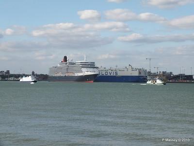 QUEEN ELIZABETH Departing Southampton OCEAN SCENE PDM 10-08-2013 17-48-25