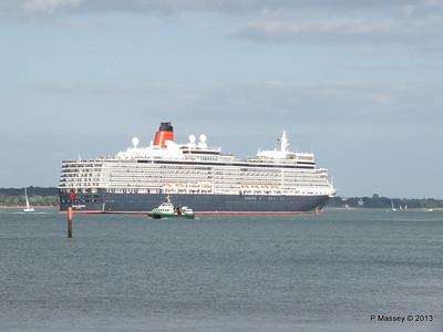 QUEEN ELIZABETH Departing Southampton PDM 10-08-2013 17-58-34