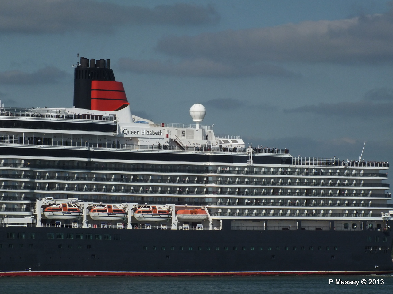 QUEEN ELIZABETH Departs Southampton PDM 09-06-2013 16-50-42