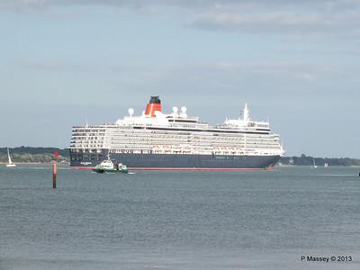 QUEEN ELIZABETH Departing Southampton PDM 10-08-2013 17-58-41