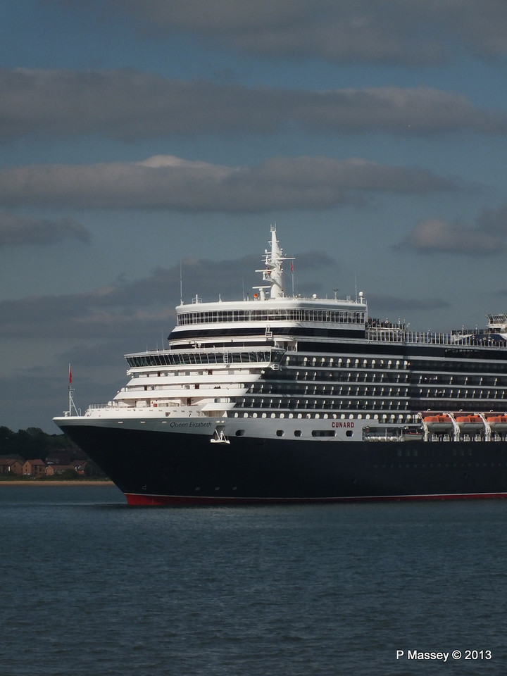 QUEEN ELIZABETH Departs Southampton PDM 09-06-2013 16-52-16