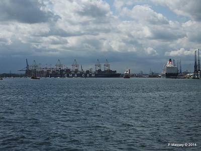 CMA CGM CORTE REAL FLINTERMAR QUEEN ELIZABETH Southampton PDM 03-06-2014 15-29-51