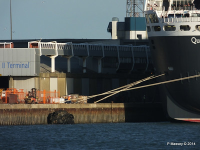 QUEEN MARY 2 Lines Southampton PDM 13-07-2014 19-53-18