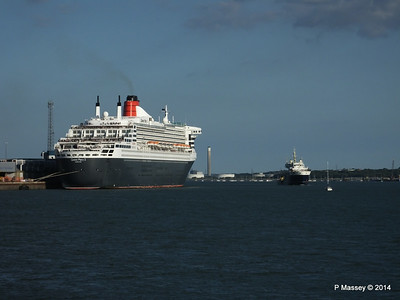QUEEN MARY 2 THV GALATEA Southampton PDM 13-07-2014 19-24-52