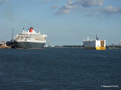 GRANDE ELLADE QUEEN MARY 2 Southampton PDM 13-07-2014 19-35-28