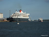 QUEEN MARY 2 RED ODPREY RED FALCON Southampton PDM 13-07-2014 19-28-39