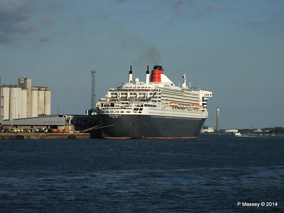 QUEEN MARY 2 Southampton PDM 13-07-2014 19-54-39