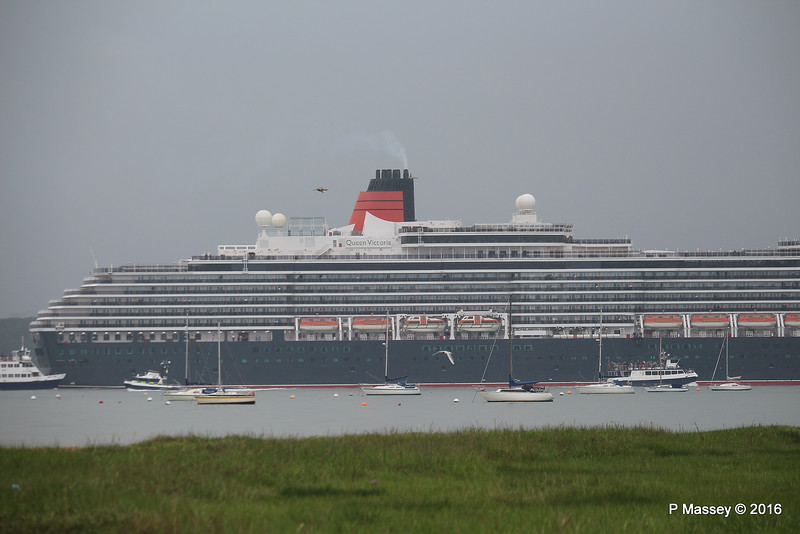 Heavy Rain QUEEN VICTORIA Outbound Southampton PDM 23-06-2016 17-46-23