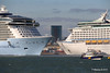 ANTHEM OF THE SEAS Maiden Voyage Passing EXPLORER OF THE SEAS Southampton PDM 22-04-2015 17-33-38