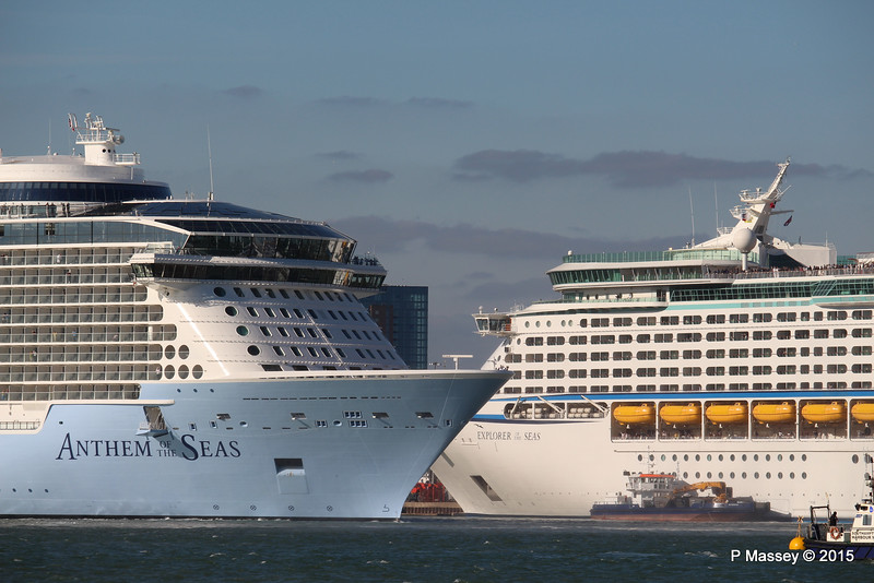 ANTHEM OF THE SEAS Maiden Voyage Passing EXPLORER OF THE SEAS Southampton PDM 22-04-2015 17-33-053