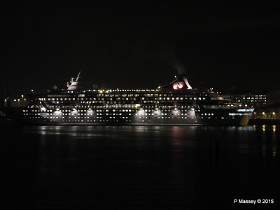 BALMORAL Departing Southampton Night PDM 04-01-2015 17-28-43