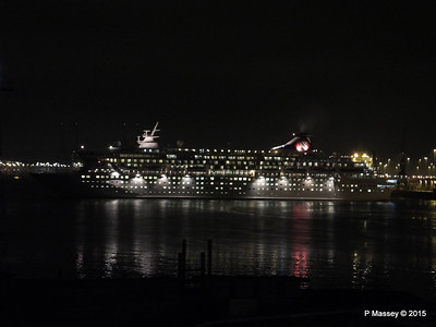 BALMORAL Departing Southampton Night PDM 04-01-2015 17-30-035