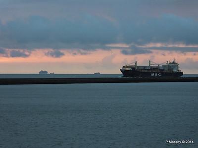 MSC UMA Inbound Le Havre BALMORAL from Rouen PDM 06-10-2014 18-25-14