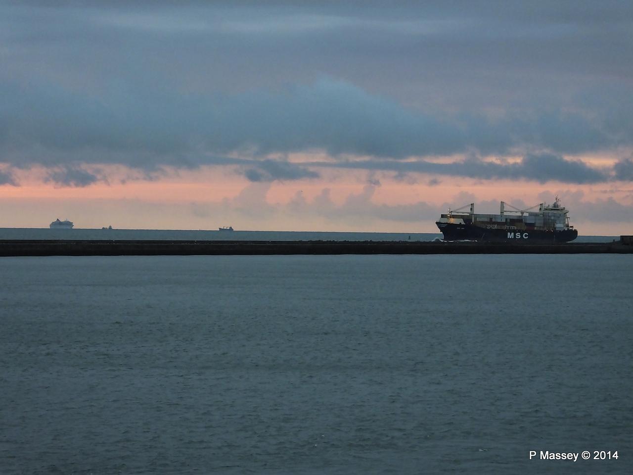 MSC UMA Inbound Le Havre BALMORAL from Rouen PDM 06-10-2014 18-24-46