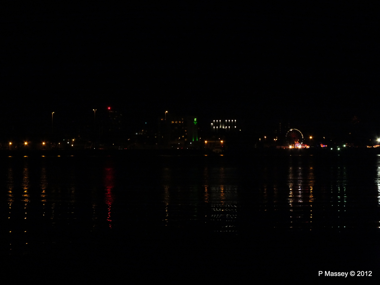 Mayflower Park at night from Marchwood PDM 03-11-2012 20-29-26