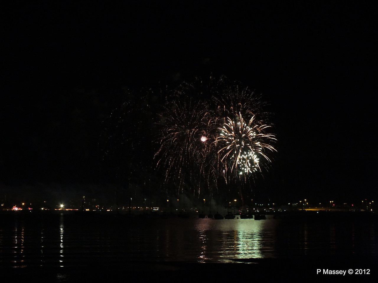 Fireworks off Mayflower Park PDM 03-11-2012 20-55-34