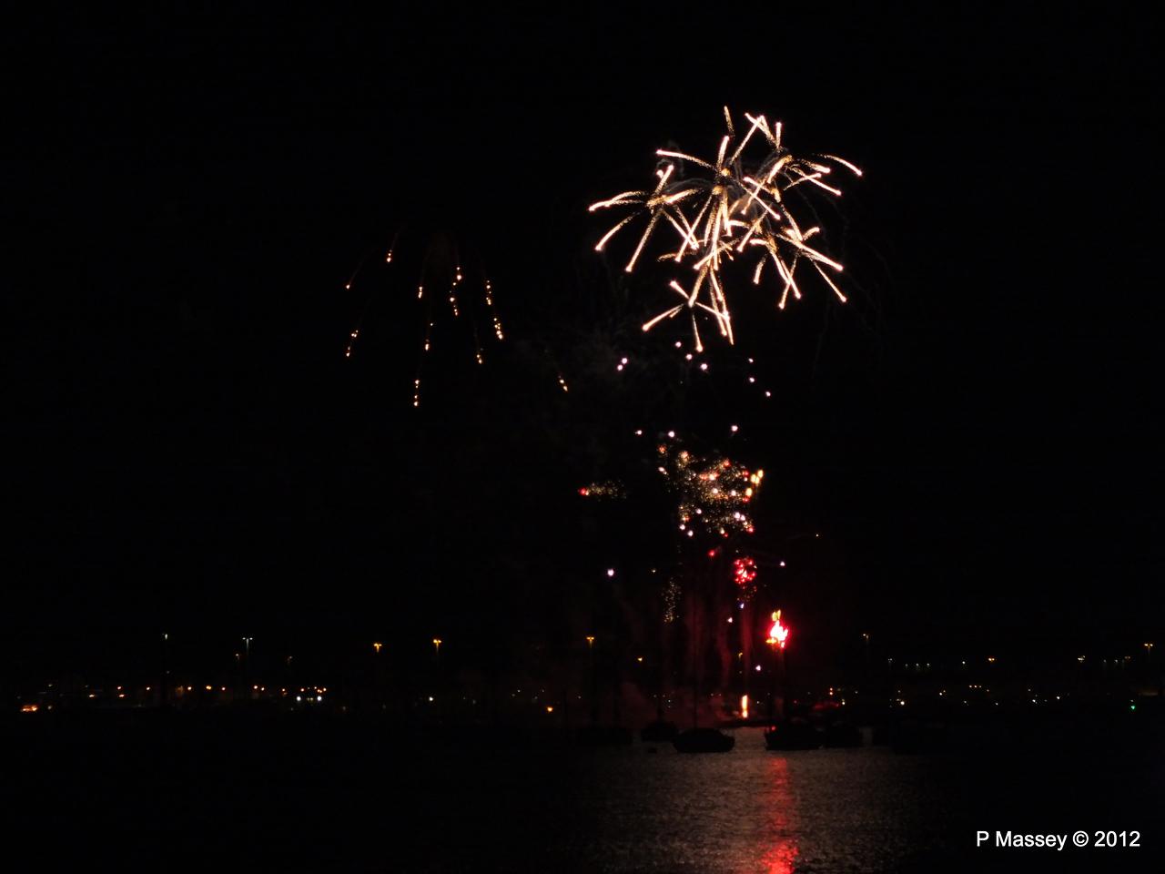 Fireworks off Mayflower Park PDM 03-11-2012 20-43-12