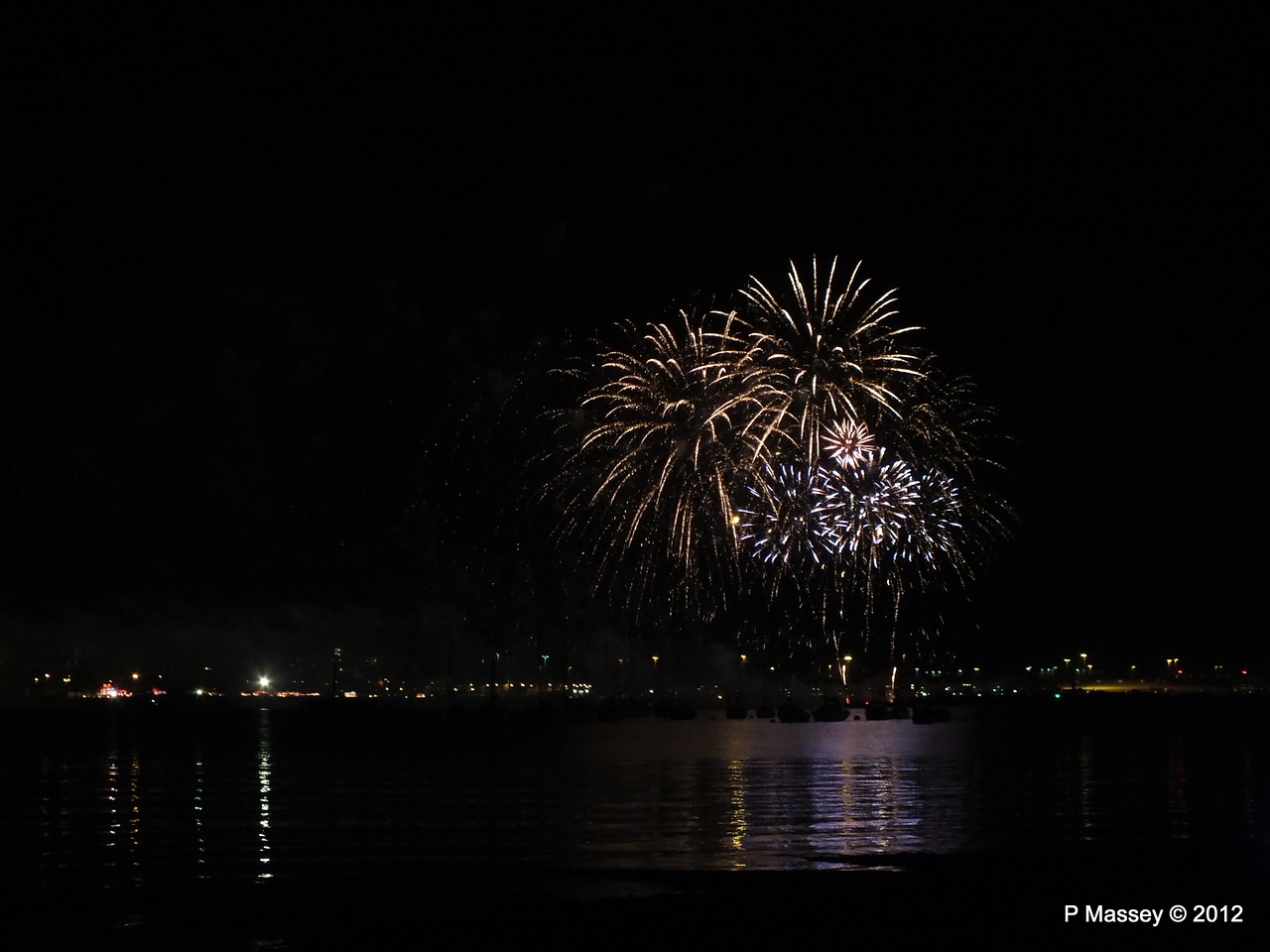 Fireworks off Mayflower Park PDM 03-11-2012 20-55-40