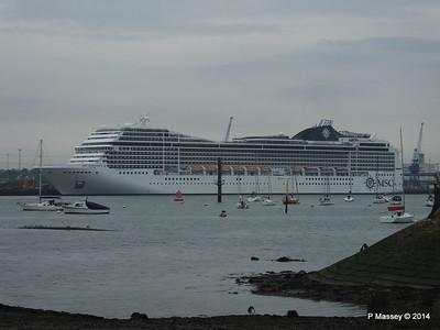 MSC MAGNIFICA Southampton PDM 15-10-2014 10-23-23