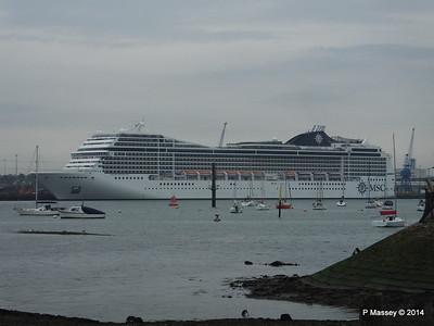 MSC MAGNIFICA Southampton PDM 15-10-2014 10-23-024