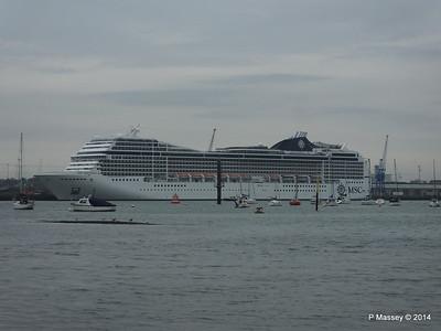 MSC MAGNIFICA Southampton PDM 15-10-2014 10-26-00
