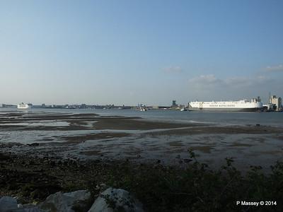 HOEGH COPENHAGEN Departing Southampton PDM 17-05-2014 18-40-57